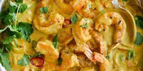 Crevettes en sauce coco thaï